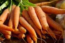 carrots_vegetables_vegetable_garden_market-1233718.jpg
